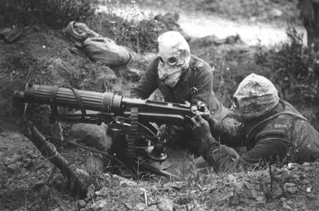 external image photo.WWI.Br.machinegunners.1916.jpg